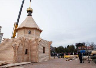 """Khám phá những điều kỳ bí trong """"nhà thờ một ngày"""" của Nga"""