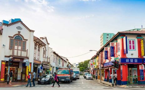 Tìm đến 4 khu phố ẩm thực sần uất nhất quốc đảo Sư tử - Singapore